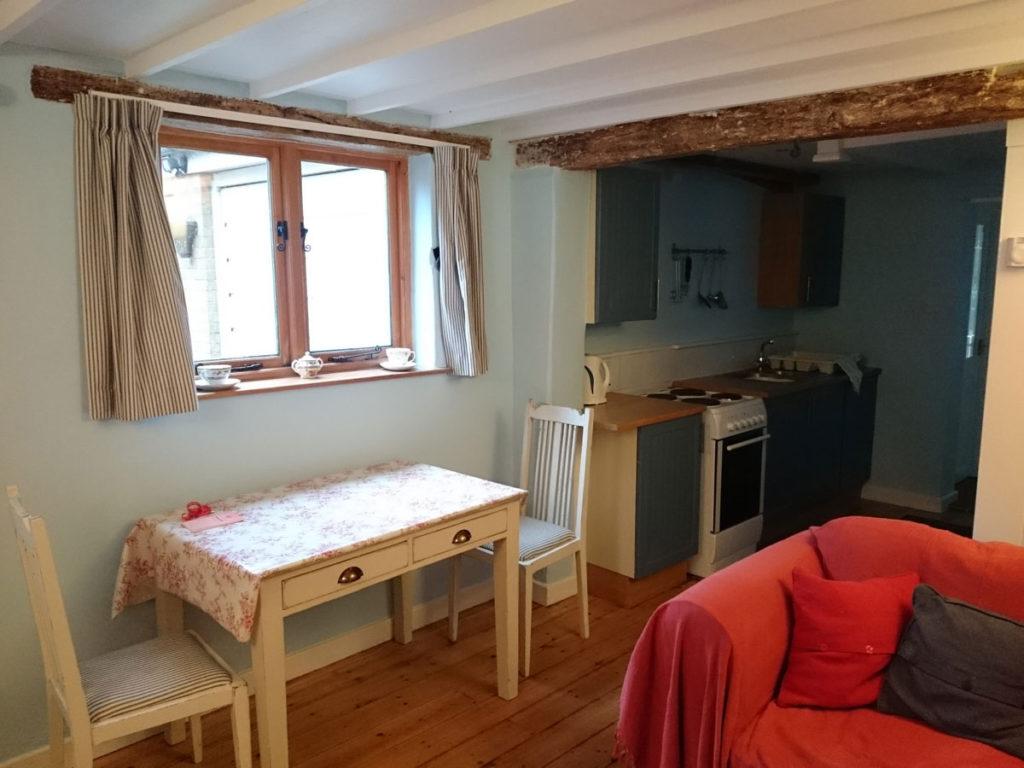 norfolkcottage-livingroom