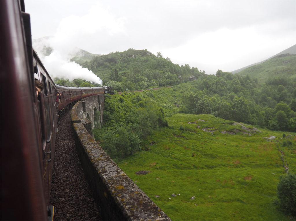 Scotland road trip Glenfinnan viaduct Harry Potter Bridge